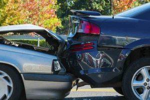 lesões comuns na cabeça na colisão e papel de advogados de ferimento na cabeça em colisão
