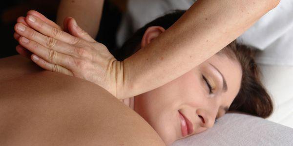 massagem oriental vs diferenças massagem ocidental vale a pena conhecer