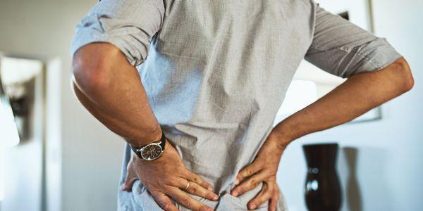 menor dor nas costas direita