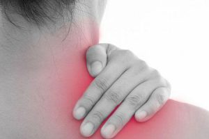 o que causa cãibras dorsais do tipo grande dorsal e seus sintomas e tratamento