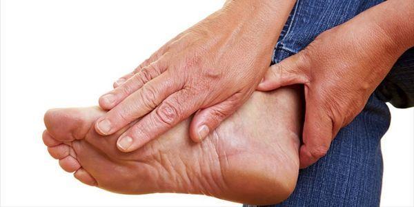 o que causa gangrena