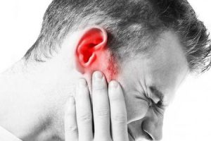 o que pode causar dor no ouvido