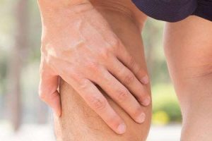 perna de tênis ou sintomas gastrocnemius medial tensão provoca tratamento