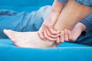 perna quebrada ou perna fraturada saber o que causa prevenção de tratamento de classificação de sintomas