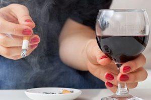 pode álcool e fumar prejudicam o seu sabor e cheiro