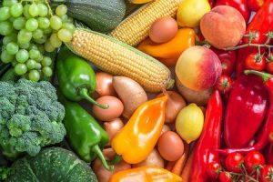 quais alimentos ajudam com acne