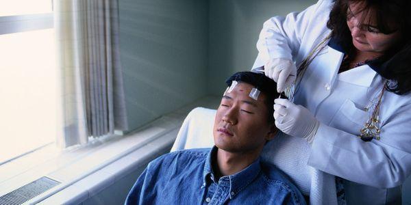 são convulsões auras e o que fazer quando um paciente tem aura