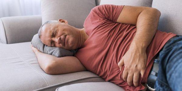 sangue nas fezes com síndrome do intestino irritável