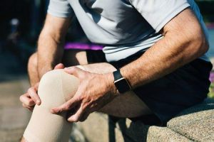 tratamento e cirurgia para osteoartrite do joelho