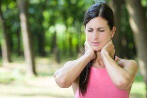 tratamento e exercícios para distonia cervical ou torcicolo espasmódico