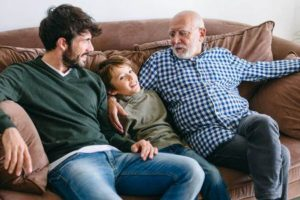 quanto tempo se pode viver com câncer testicular