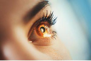 Albinismo Ocular: Sinais, Sintomas, Tratamento de Óculos, Lentes de Contato, Cirurgia LASIK