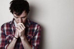 fatores que podem fazer a miastenia gravis uma doença potencialmente fatal