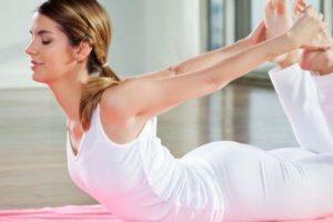 faz ioga melhorar o tom da pele